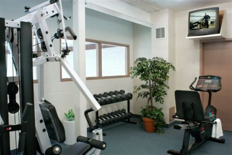 Fitness Room - Toronto Hotels