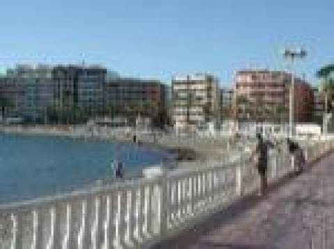 Ed Alejandra -The Apartment is in a Secure Block - Vacation Rental in Torrevieja