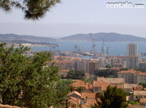 Apartment in villa - Vacation Rental in Toulon