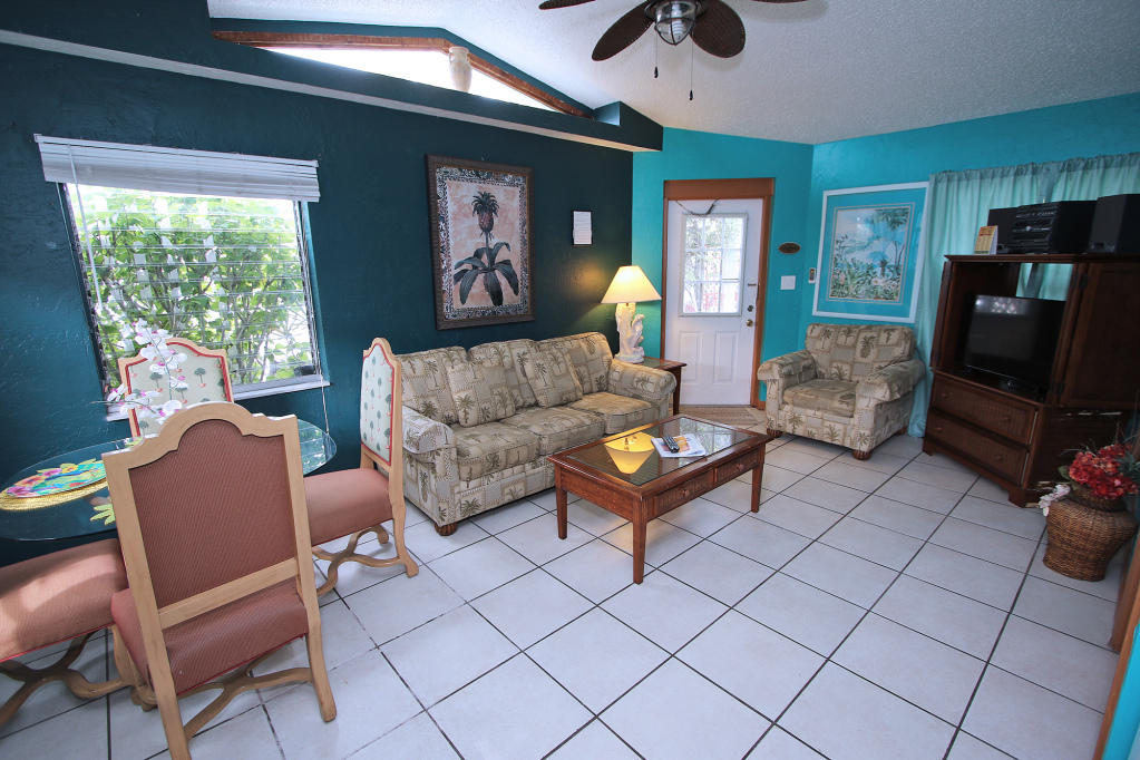 Treasure Island  Vacation Condo Rental Hawaiian Su