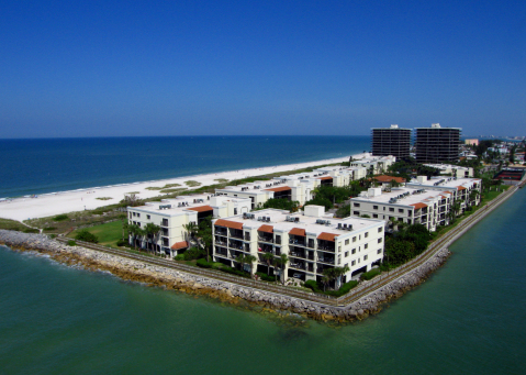 Lands End - Beach Front Condo - Vacation Rental in Treasure Island