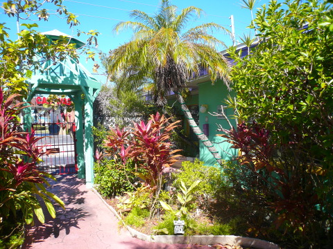 Central Courtyard with Lush Foliage - Treasure Island Vacation Condos