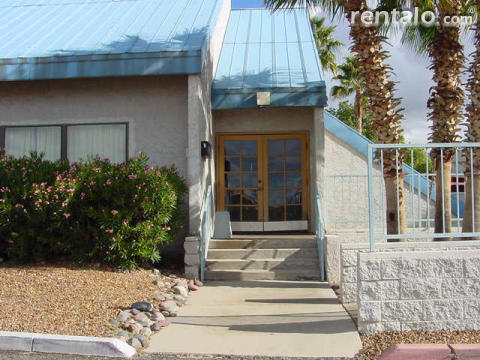 Fully Furnished Lg. 2 Bd. 2 ba.Condo Tucson Ariz. - Vacation Rental in Tucson