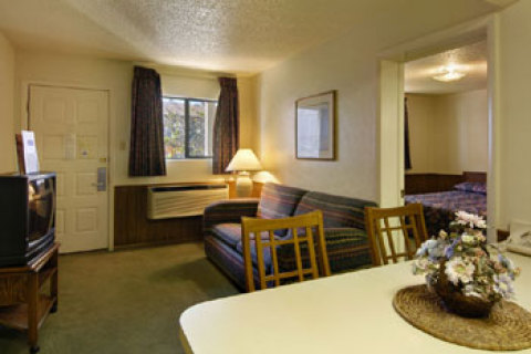 Howard Johnson Inn Tulsa OK