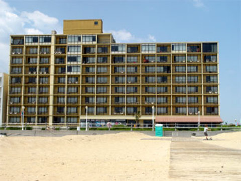 Surfside Oceanfront Inn And Suites