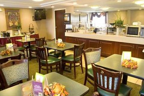 La Quinta Inn & Suites Warwick/Providence Airp