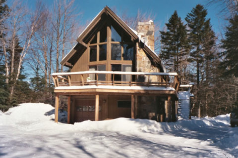 Cozy, Secluded Chalet - Vacation Rental in Mt Snow