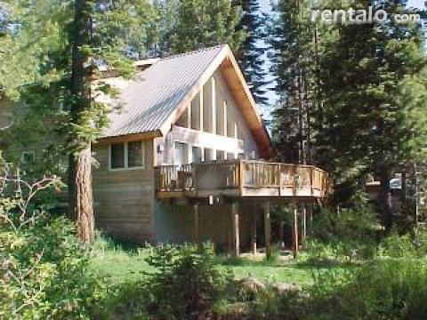 Creekside Paradise!  On McKinney Creek!  Hot Tub! - Vacation Rental in West Lake Tahoe