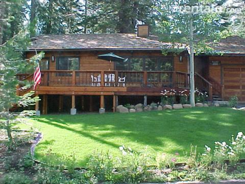 The Blue Sky Cabin.  Private Beach & Hot Tub - Vacation Rental in West Lake Tahoe