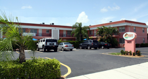 South Palm Suites - Vacation Rental in West Palm Beach