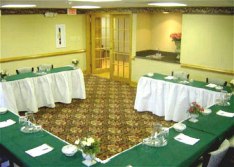 Country Inn & Suites - Williamsburg East