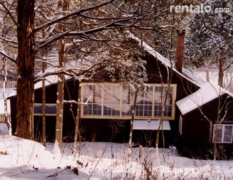 Classic, Rustic Woodstock House - Vacation Rental in Woodstock