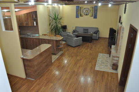 3 Bedroom apartment in Center with terrace - Vacation Rental in Yerevan