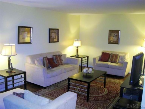 Condo - Vacation Rental in Yonkers