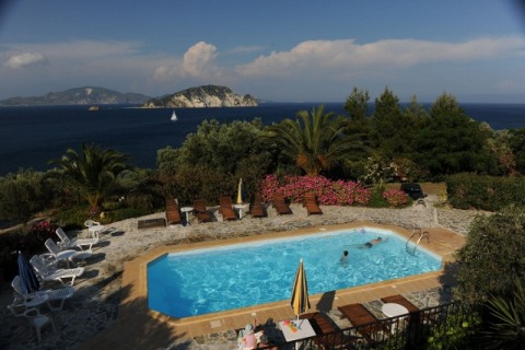 LOVELY SEA SIDE VILLAS WITH POOL AND PRIVATE ACESS - Vacation Rental in Zakynthos